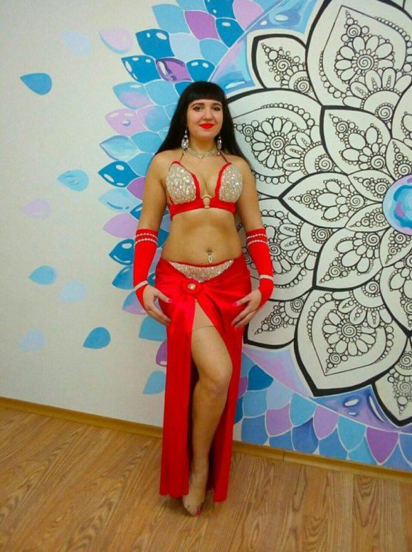 Сельская учительница в Самарской области уволилась после откровенного танца